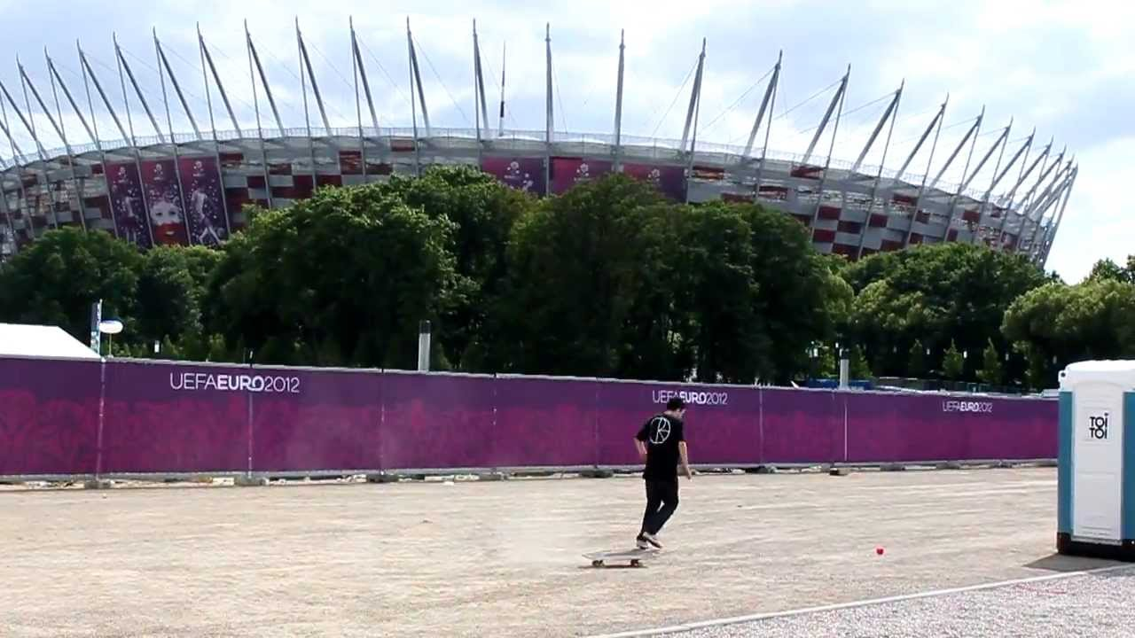 Michał Juraś welcomes National Stadium (second angle, RAW)
